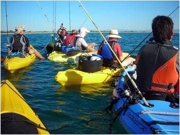 Los de valencia un grupo de amigos y kayakeros peskama for En un grupo de amigas nunca falta