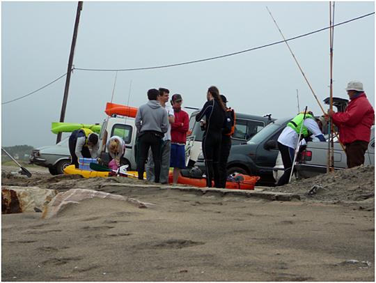 Preparación de los botes antes de ingresar al mar